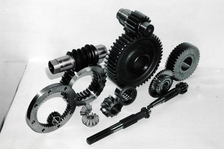 Mehanical transmission of power : Gears