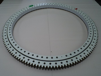 Slewing rings : Slewing rings